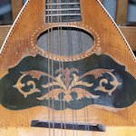 buskers_guitar-th