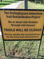 TRAIL_CLOSURE_SIGN-th
